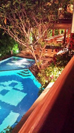 Green Garden Hotel: Hotel Swimming Pool