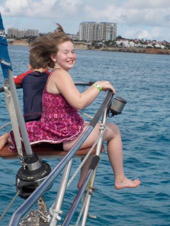 Симпсон-Бей, Сен-Мартен – Синт-Мартен: Enjoying the breeze in the front of the boat