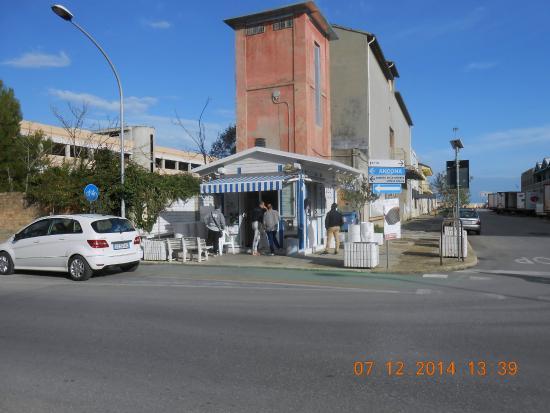 Il Chiosco Foto Di Olio Pesce Fritto San Benedetto Del Tronto