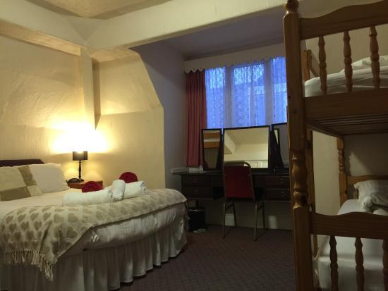 Beverley Dean: Family Room