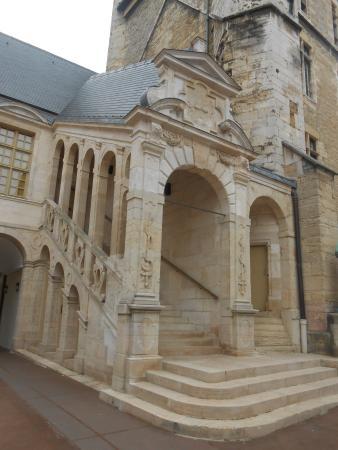 Ducal Palace: Patio interno do Palacio. Maravihoso!!!!