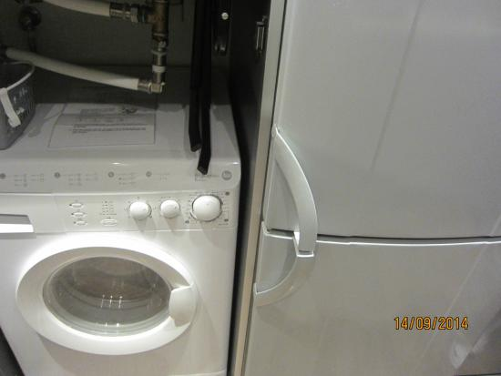 washer dryer combo in kitchen - Picture of Apartments Casp74 ...