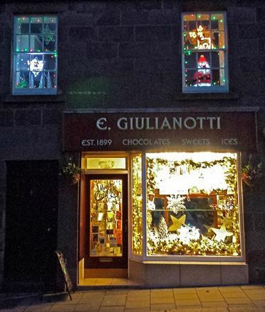 E Giulianotti