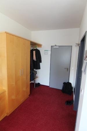 CVJM Hotel: Вход