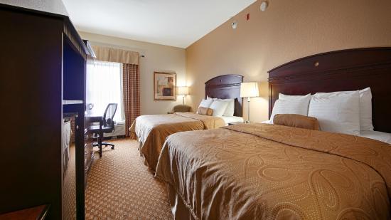 Monroe, OH: Room