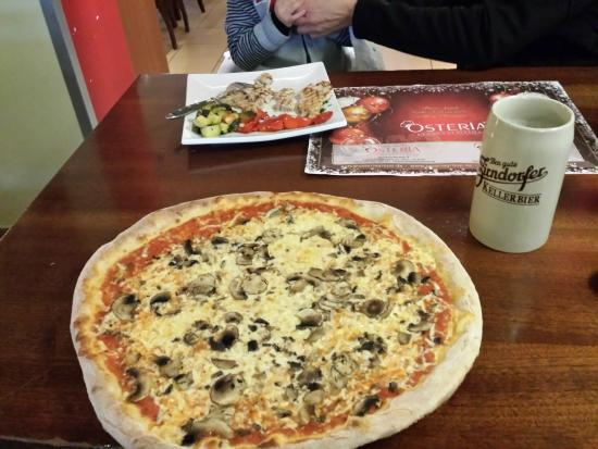 Osteria Hauptmarkt: pizza for me and baby food
