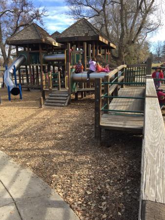 Washington Park: Playground