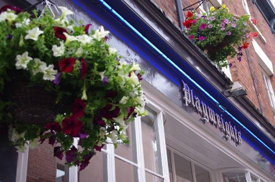 Playwrights cafe bar & bistro: Playwrights