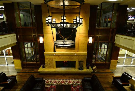 Drury Plaza Hotel in Santa Fe: View of the lobby from my breakfast table on the 2nd floor