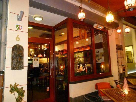 La Jeunesse - Weinstube & Restaurant: La façade du bistrot