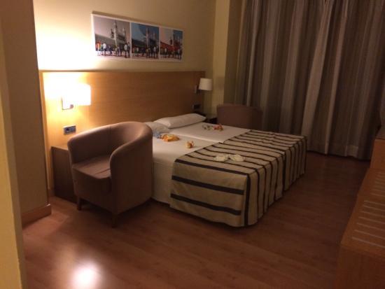 Hotel Avant Torrejon: Una parte de la habitación cuádruple