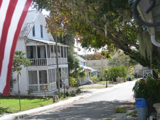 The Ann Stevens House : Historic Southern Cassadaga Spiritualist Camp (5 minute drive from B&B)