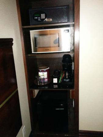 "Woodbine Hotel & Suites: ""kitchenette"" & coffee station"