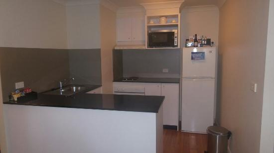 Quest North Ryde: Kitchen #420