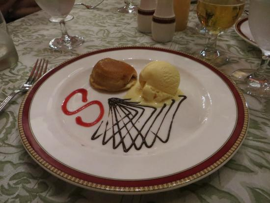 Dreams Sands Cancun Resort & Spa: amazing dessert