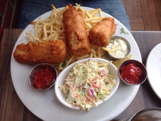Fish 39 n 39 chips rock 39 n fish tripadvisor for Rock n fish manhattan beach