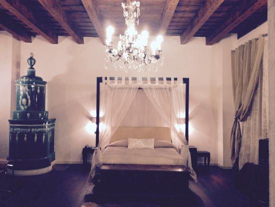 Relais B&B Villa Sizzo: Stanza del vescovo