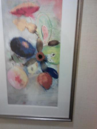 Atlanta Airport Marriott Gateway: Artwork in Hotel's Hallway