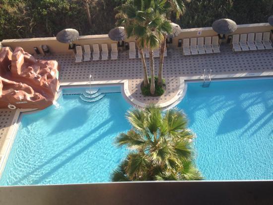 Nice pool picture of wyndham garden fort walton beach for Pool garden nice