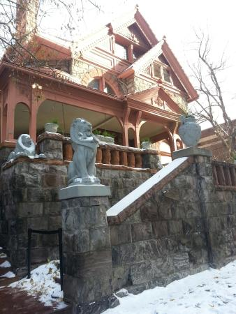 Molly Brown House Museum: The Molly Brown house from the sidewalk