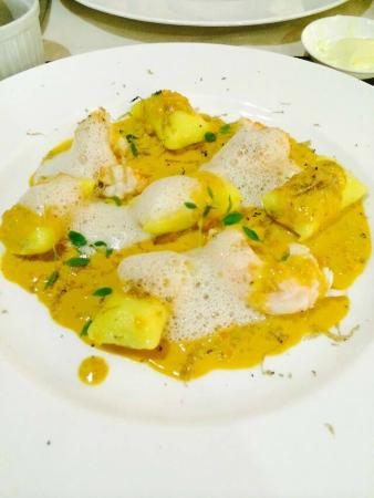 Kalina cuisine & vins: truffle gnocchi and Scottish langoustines