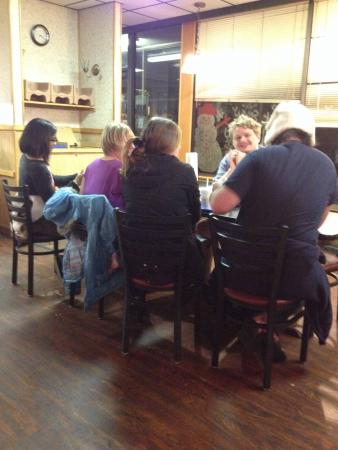 Andy's Hamburgers: SAU students take advantage of Andy's free wifi while enjoying a Sunday night meal!