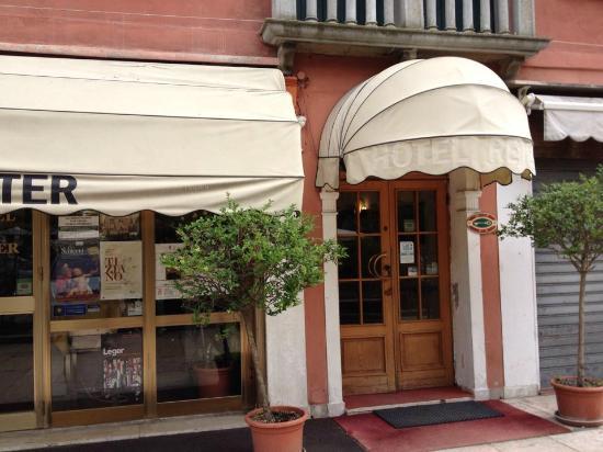 Reiter Hotel: entrada del hotel
