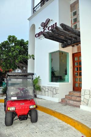 Chac Chi Hotel & Suites : Access