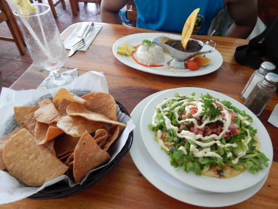 Marlin Restaurant: Nachos