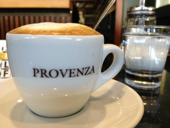 Provenza: Gepflegter Spitzen-Kaffee