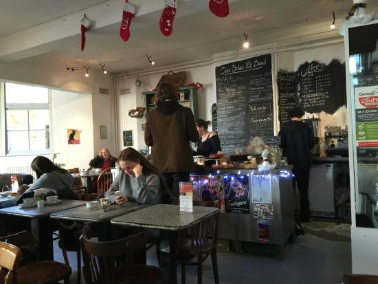 Chapel Arts Cafe: Warm And Friendly