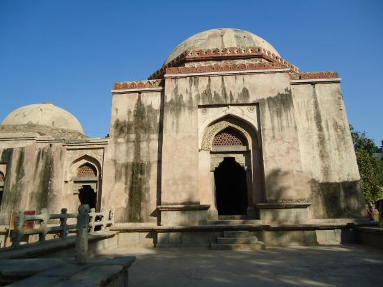 Firoz Shah Tughlaq Tomb