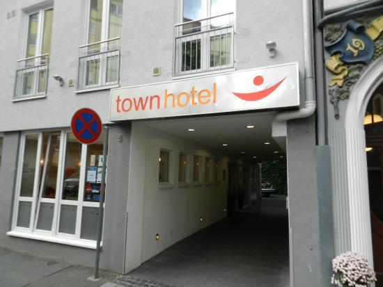 Town Hotel Wiesbaden: Отель