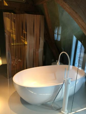 La Suite Sans Cravatte: Bathroom 2