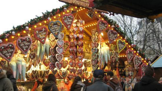 Bonn Christmas Market : German Cookies Galore