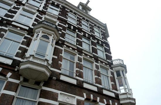 devant notre porte a l arrive 21h picture of quentin amsterdam hotel amsterdam tripadvisor. Black Bedroom Furniture Sets. Home Design Ideas