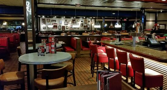 Nov 06, · Today, Fridays in Kissimmee, FL is still America's most iconic bar and grill. We embrace and celebrate our heritage as a bar. One that just happens to serve killer food in an environment where it's always Friday/ TripAdvisor reviews.