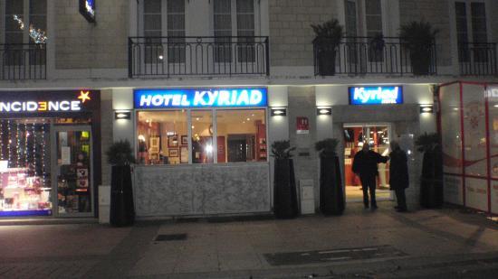 Royal Hotel Caen Centre : hotel centrale, consigliabile