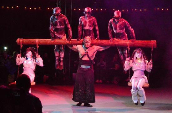 Winter Wonderland: Cirque Berzerk