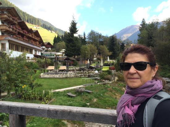 Hotel Quelle Nature Spa Resort: giardino esterno