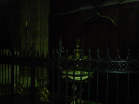 Eglise Saint Maurice: Le baptême qui efface le péché originel