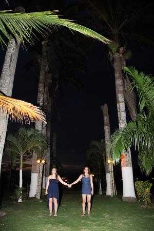 Hotel Puerto Ballesta: Camino De Palmeras