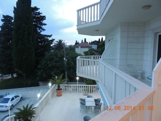 Hotel Villa Zarko : Varanda