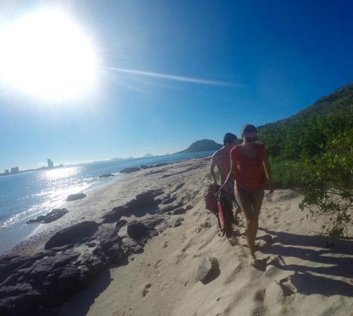 Aqua Sports Center and Scuba Dive: Arriving on Bird Island