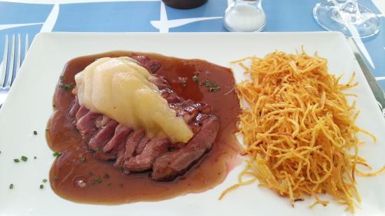 Restaurant Llafranc: Magret de pato con pera