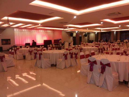 Tandoor Grill : Cinnamon Ballroom