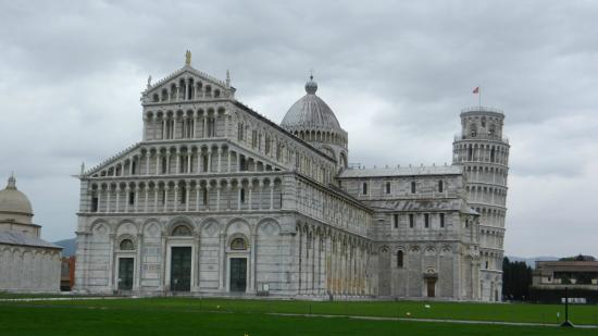 Hotel Giardino Tower Inn: Cathedral and leaning tower