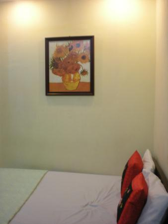 Manh Dung Guest house: Room 402