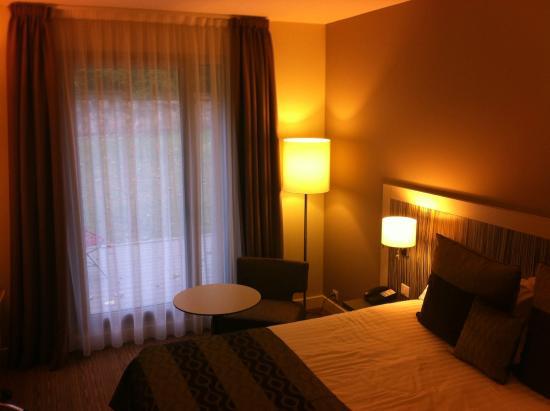 BEST WESTERN PLUS Paris Meudon Ermitage: Literie confortable