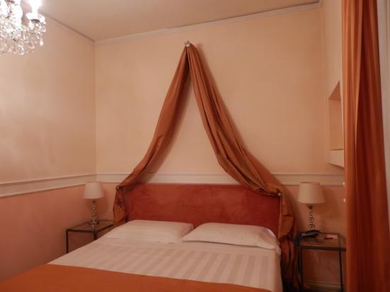 Villa Carlotta Hotel: camera